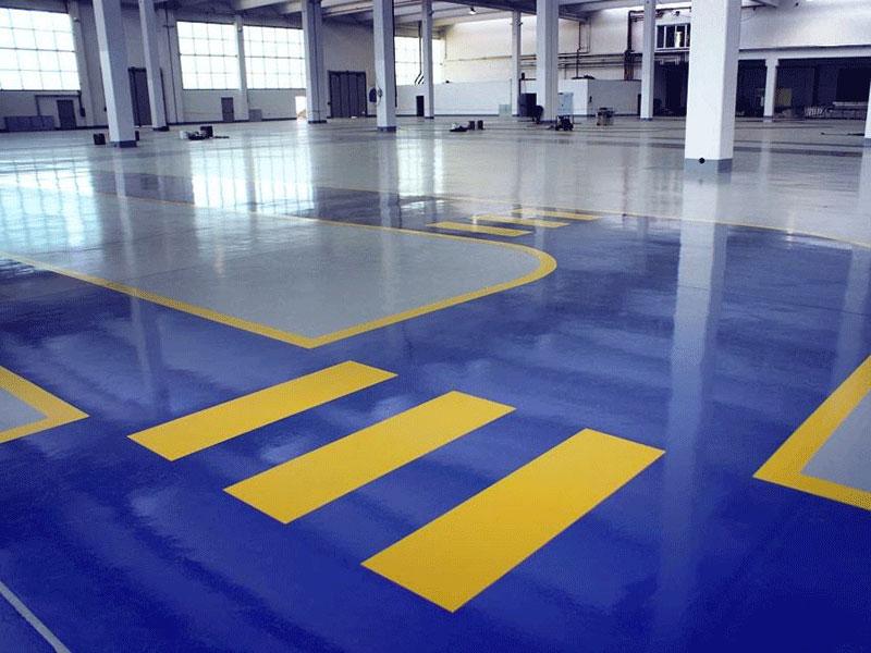 Realizzazione-segnaletica-su-pavimento-industriale-8