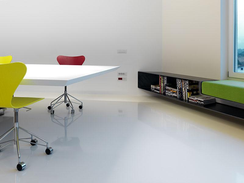 pavimento-indoor-resina-autolivellante