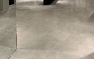 pavimento in microtopping effetto cemento