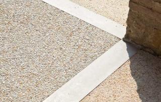 pavimento in cemento sasso lavato o sasso italia